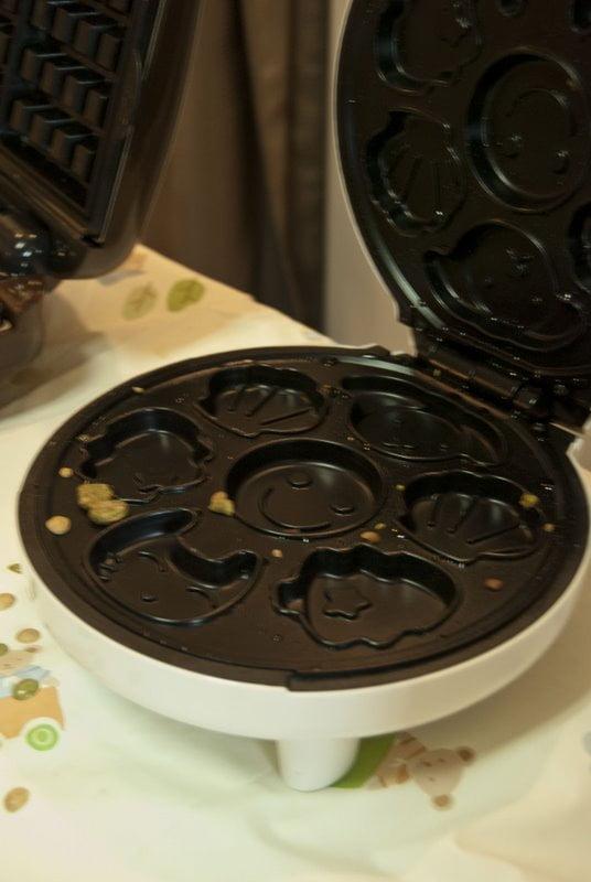Tokyo waffle iron