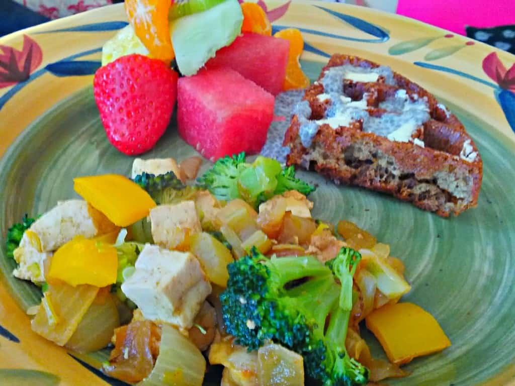 vegan waffles with fresh fruit & tofu scramble 2