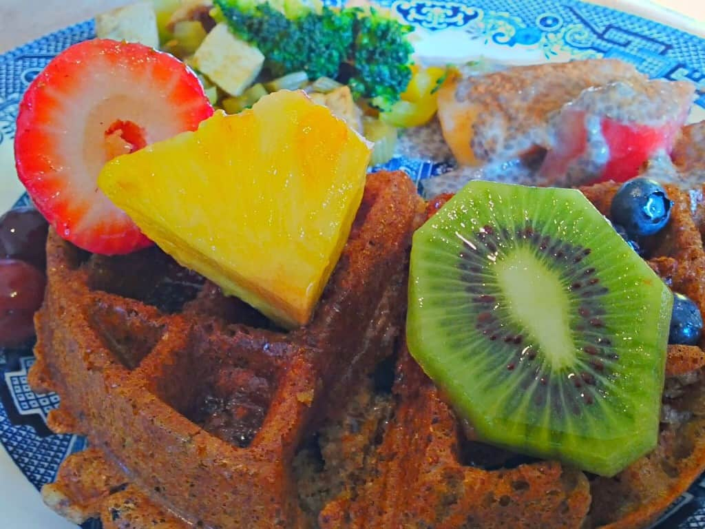 vegan waffles with fresh fruit & tofu scramble 3