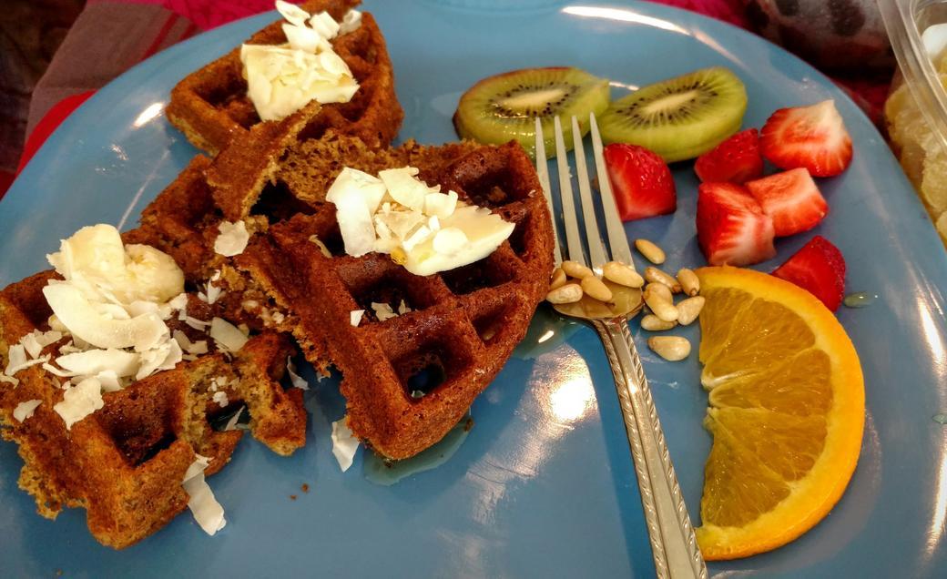 vegan waffles with coconut, kiwi, & strawberry